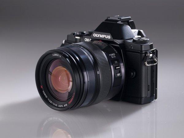 Lensa Panasonic Lumix G Vario 12-35mm f/2.8