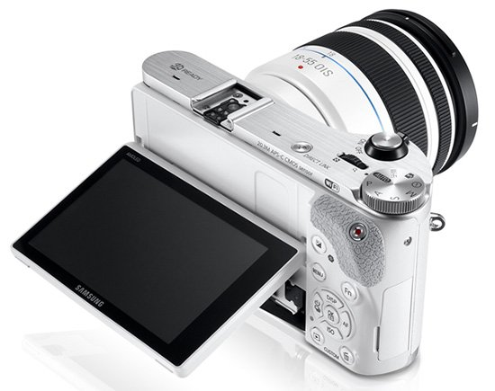 Kamera Terbaru Samsung NX300, Image Courtesy Photorumors.com