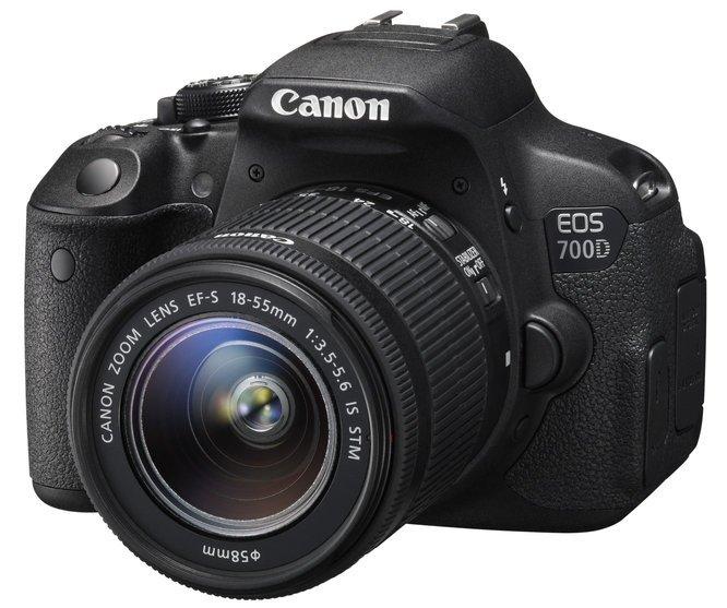 Kamera Canon EOS 700D