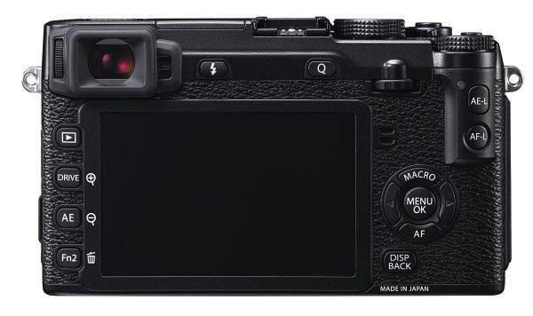 Fuji X-E2 (belakang), Image Credit Fujirumors.com