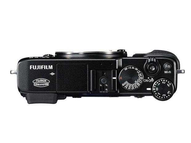 Kamera Fujifilm X-E2 (Atas), Image Credit Fujifilm
