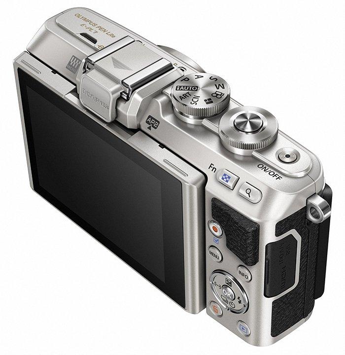 Kamera Olympus E-PL7 (Belakang), Image Credit : Olympus