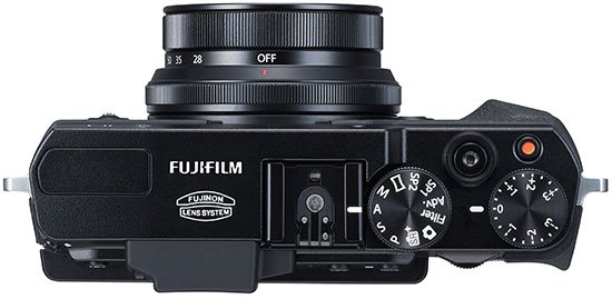 Kamera Fujifilm X30 (Atas), Image Credit : Fujifilm