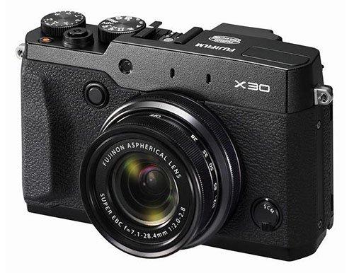 Fujifilm X30 memiliki zoom ring dan focus ring, Image Credit : Fujifilm