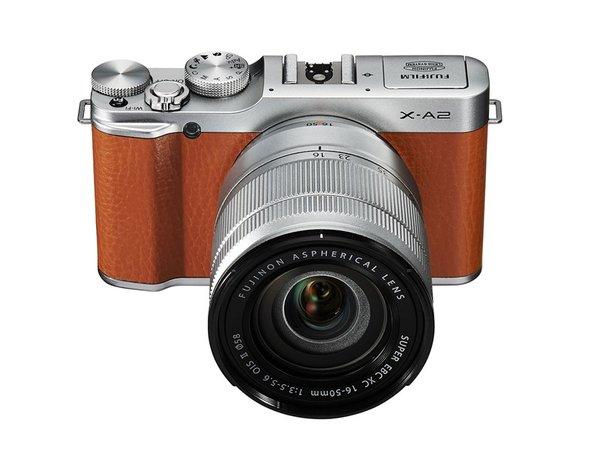 Fujifilm X-A1 dengan lensa kit, Image Credit : Fujifilm