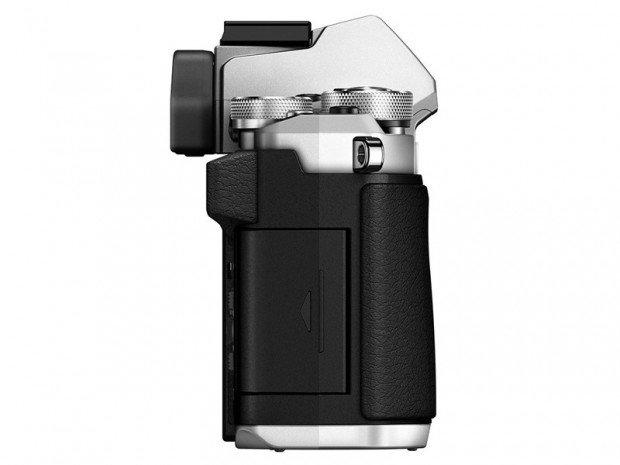 Kamera Olympus O-MD E-M5 II (Samping), Image Credit : Olympus