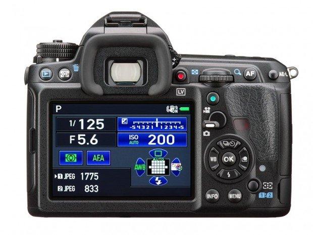 Kamera DSLR Pentax K-3 II (Belakang), Image Copyright Pentax Ricoh