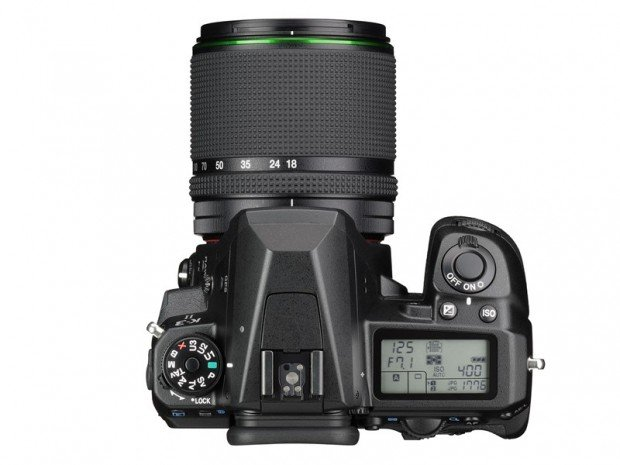 Kamera DSLR Pentax K-3 II (Atas), Image Copyright Pentax Ricoh