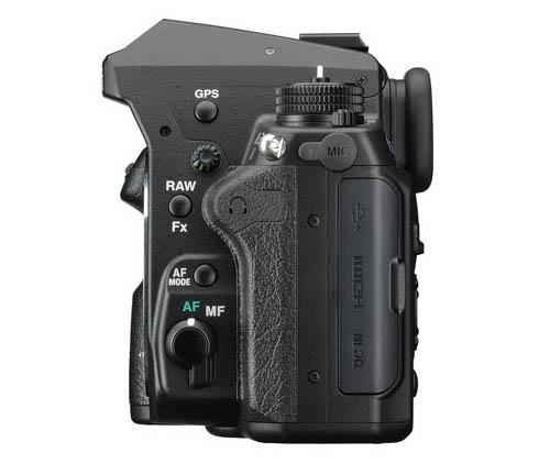 Kamera DSLR Pentax K-3 II (Samping)
