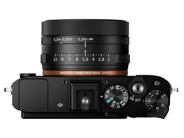 Kamera Sony RX1R II (Atas), Image Credit : Sony