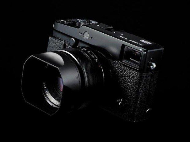 Kamera Mirrorless Fuji X-Pro2 ukurannya tidak jauh beda dari X-Pro1
