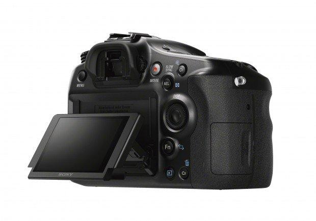 Kamera Terbaru Sony A68 (Flip LCD), Image Credit : Sony