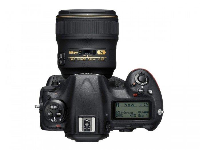 Kamera DSLR Nikon D5 (Atas), Image Credit : NIkon