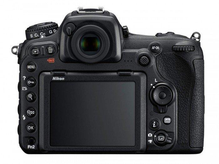Kamera Nikon DSLR D500 (Belakang), Image Credit : Nikon