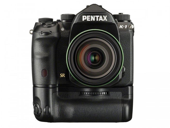 Kamera DSLR Pentax K-1 (Baterai Grip), Image Credit : Pentax