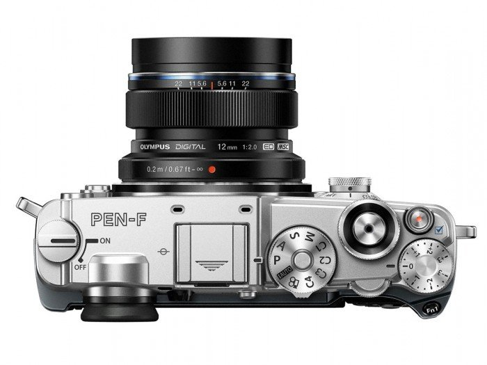 Kamera Mirrorless Olympus PEN-F (Atas), Image Credit : Olympus