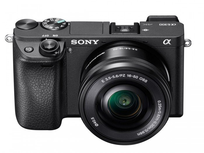 Kamera Mirrorless Sony A6300 (Depan), Image Credit : Sony