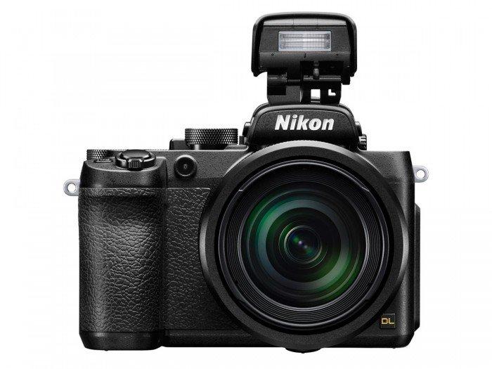 Kamera Nikon DL24-500 (Built-in Flash), Image Credit : Nikon
