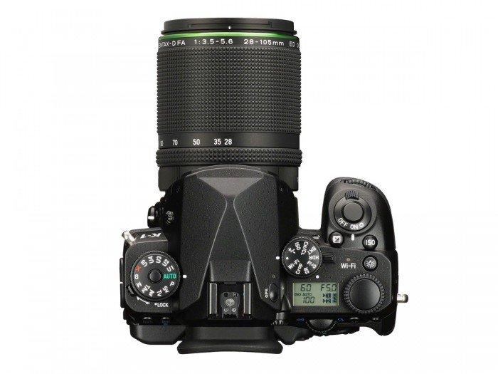 Kamera DSLR Pentax K-1 (Atas), Image Credit : Pentax