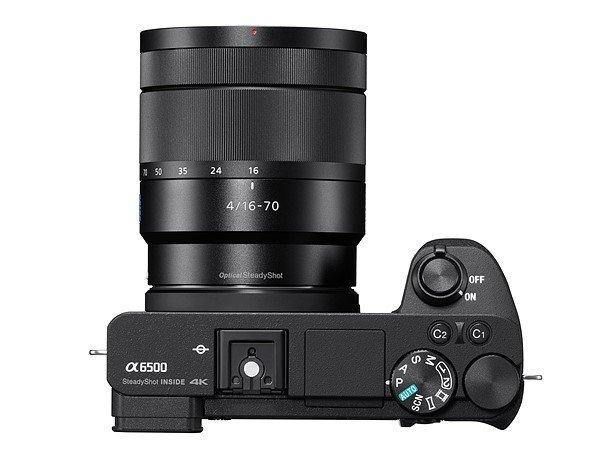 Kamera Sony a6500 (atas), Image Credit: Sony