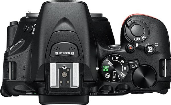 Kamera Nikon D5600 (Atas), Image Credit : NIkon