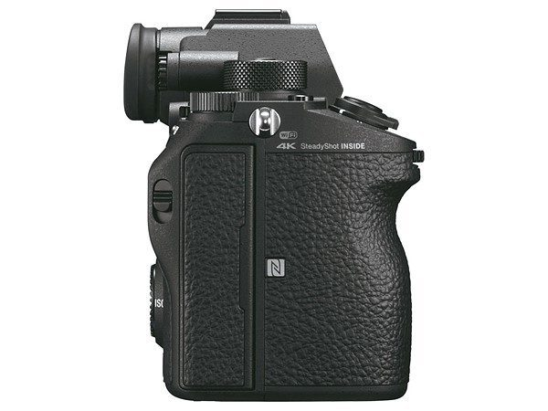 Kamera Sony A9 (Kanan), Image Credit: Sony