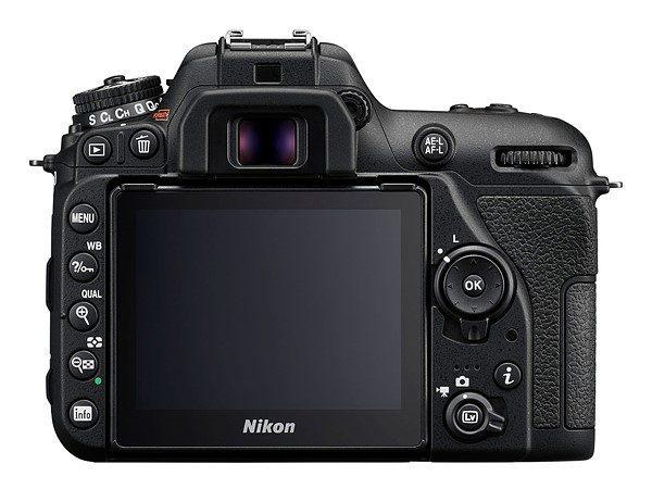Kamera Nikon D7500 (Belakang), Image Credit: Nikon