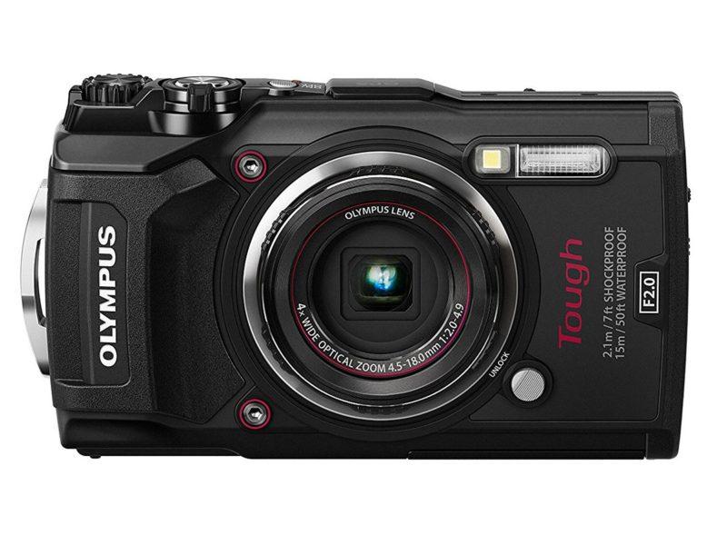 Kamera Olympus TG-5 (Depan), Image Credit: Olympus