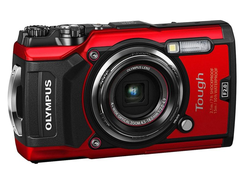 Kamera Olympus TG-5 (Merah), Image Credit: Olympus