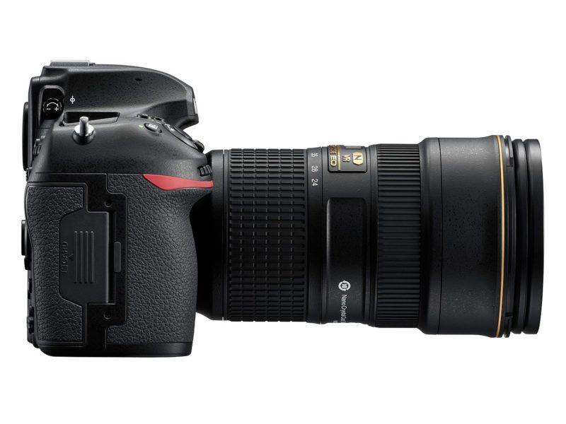 Nikon D850 (Kanan), Image Credit: Nikon