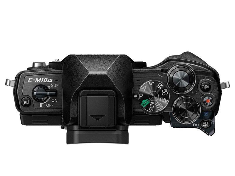 Kamera Olympus E-M10 Mark III (Atas), Image Credit : Olympus