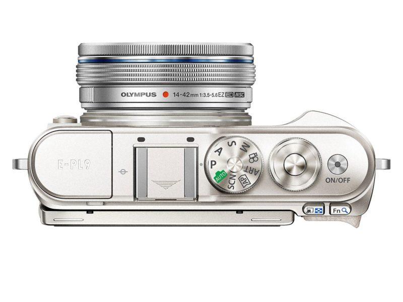 Kamera Olympus E-PL9 (Atas), Image Credit: Olympus